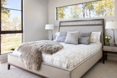I HeidiBelle_interior_bed_2